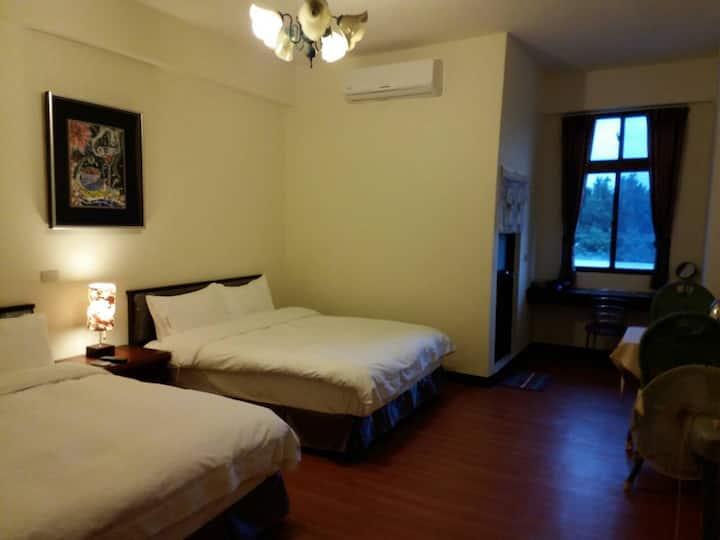 東方之珠旅宿3樓合家歡四人套房