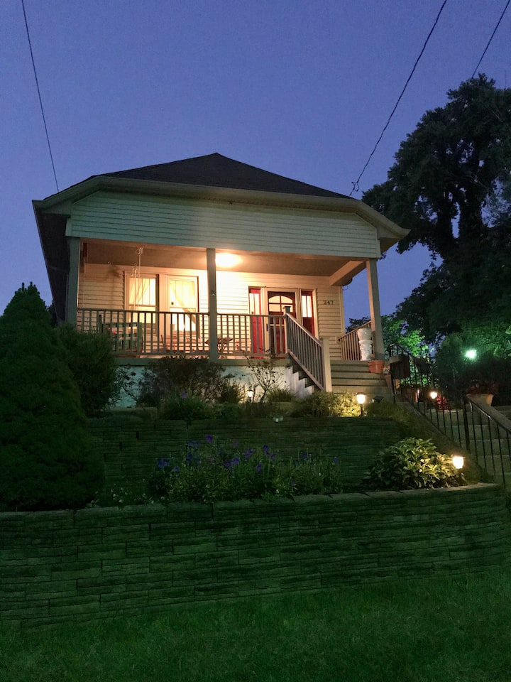 Short Way Home: Family-Friendly with Fenced Yard
