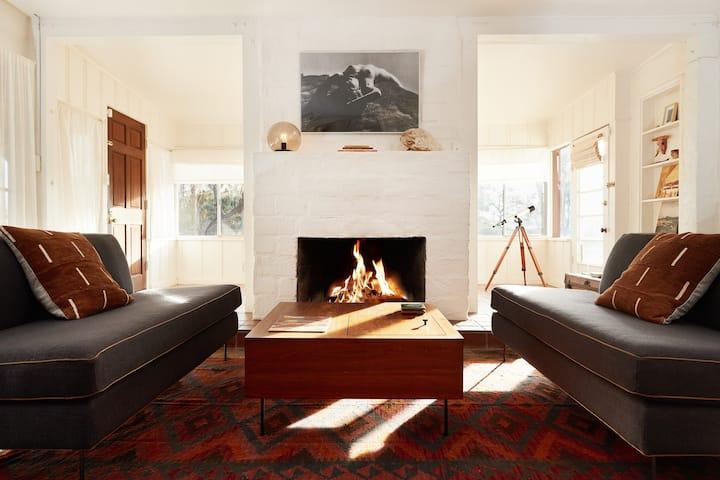 Casa de la Muxer | 1940's Desert Adobe