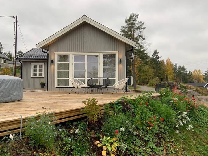 Nydelig hytte i populære Lyseren Strandpark