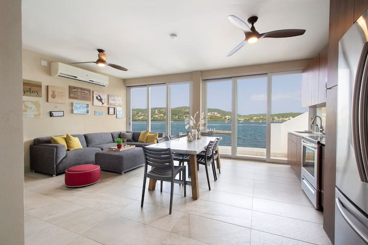 Blü-Culebra Private Home with  Dock and 180 views!