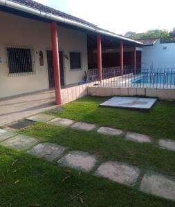 Bela casa na Praia do Marahú-Mosqueiro-Belém