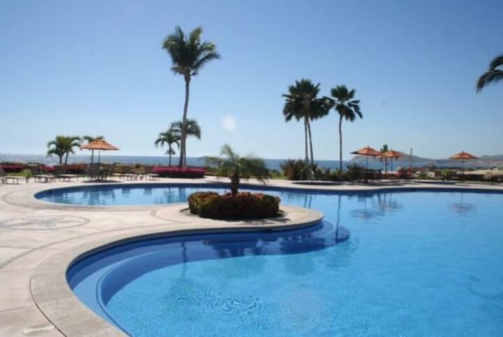 2 Bedroom Condo Casa del Mar Los Cabos Brisa 302