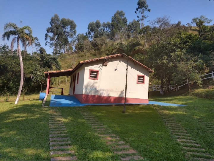 Kitnet Rural Guararema Ap.10