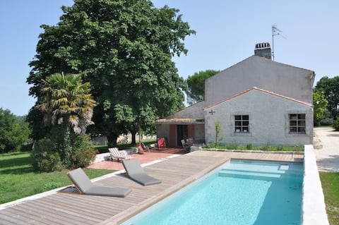 House 270m2, heated pool, 12 pers.