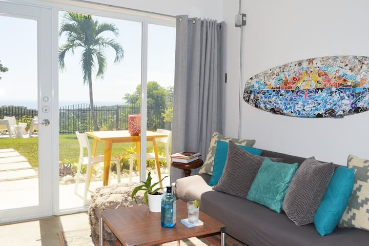 Clean 1 bedroom with Ocean & Farm view TV A/C 4