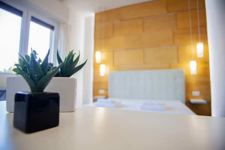 Ripa di Porta Ticinese Aparthotel 2BD-/AC/WIFI/top