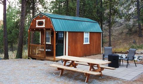 데스티니 캐빈-편안한 캠핑 휴양지! 에어컨과 열을 제공합니다.