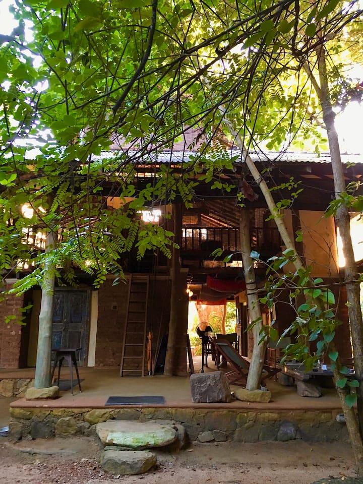 Galkadawala Forest Lodge. Villa 1. Habarana