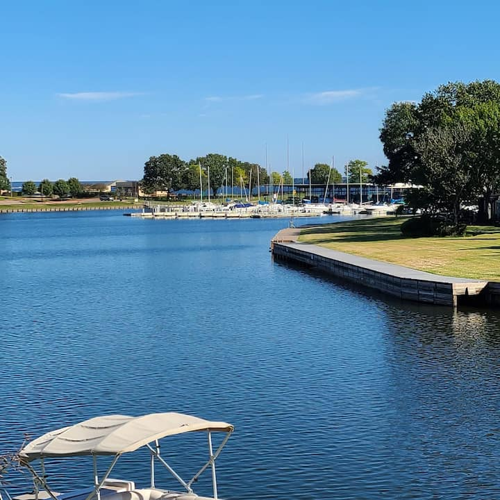 Walden Lake Conroe ☆ TX RitaVille WATERFRONT Condo