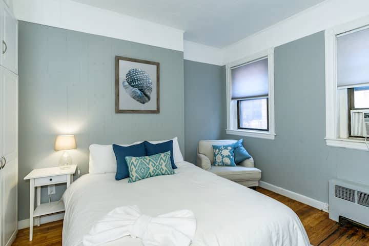 (C-52) Cute One Bed, Back Bay!