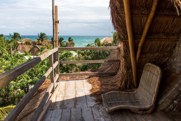 Eco tree-top Room+Ocean View+Hostal Bambu