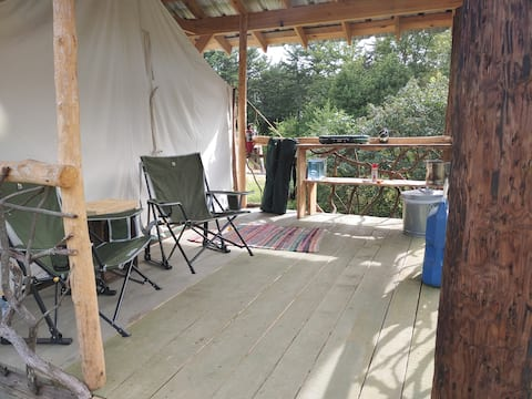 Visit Ravens Roost for an adventure in nature