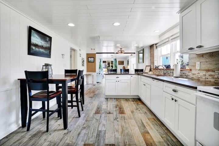 HGTV Featured BEACH HOUSE!