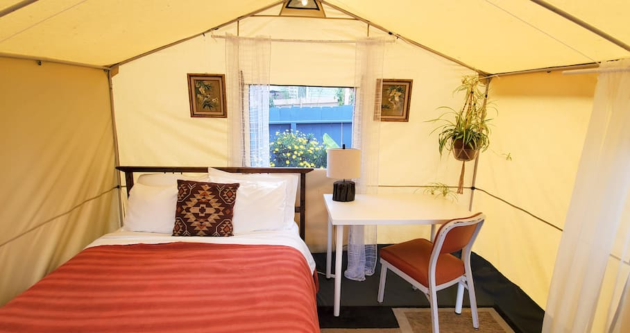 Luxury tent with full house access