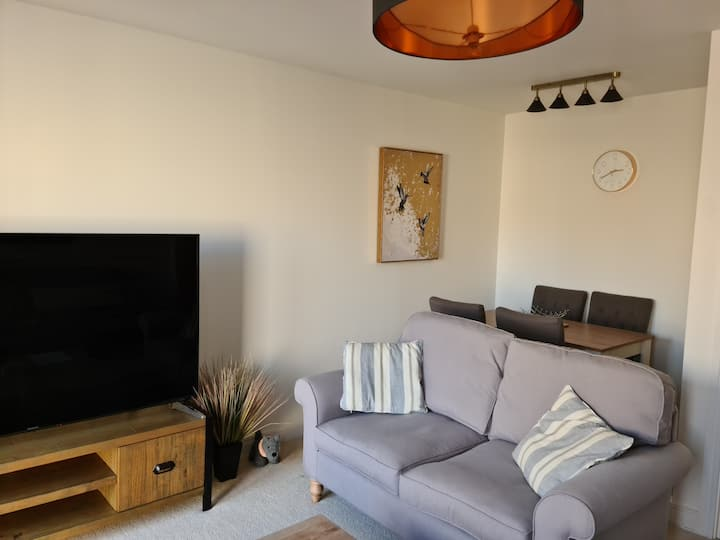 Delightful Two Bedroom House 2 Miles from Salcombe
