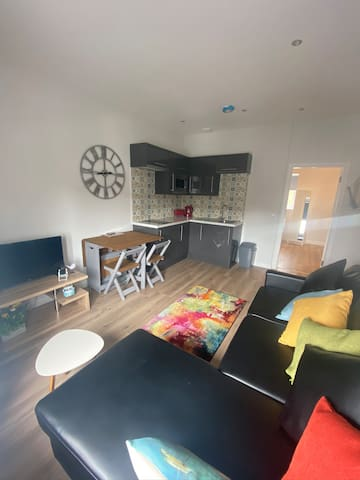 Ayr Holiday Apartments ( 1 Bedroom Apartment 4)