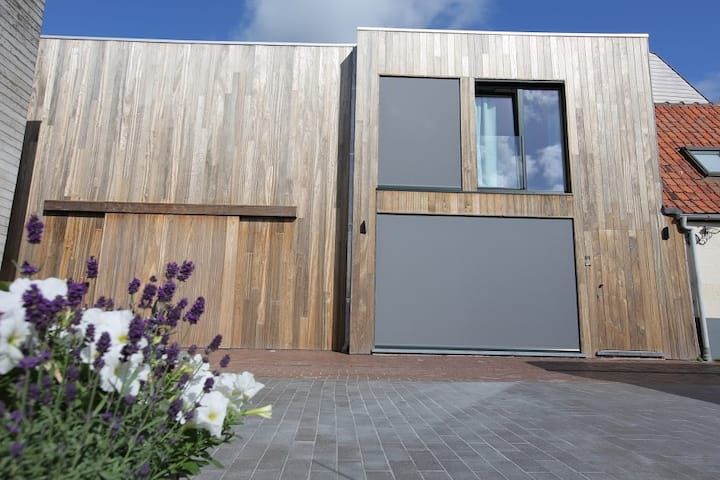 Adinkerke - 't Voetbrugsje  comfortabele nieuwbouw