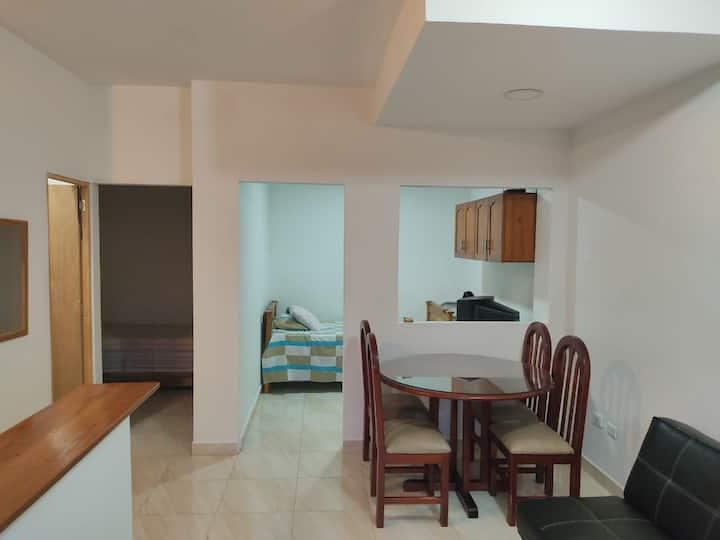 Apartamento con excelente vista y espacio libre.