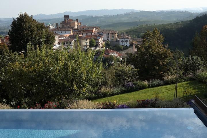 Villa Carla_ Barolo: VILLEROsuite