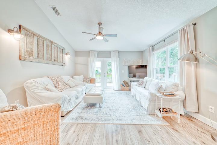 New Home / 1 Block to Ocean / 2 Master Suites+