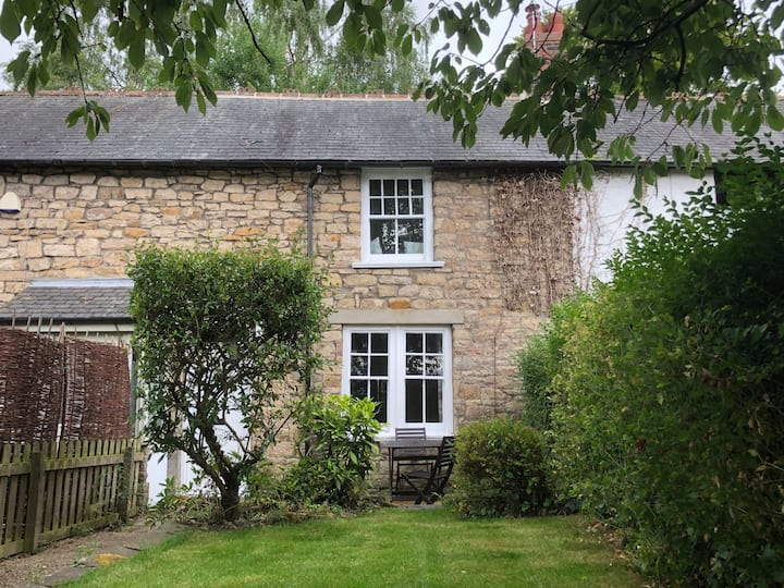 Stunning stone cottage in Stocksfield .