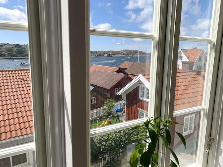 House close to the sea in Mollösund, Bohuslän