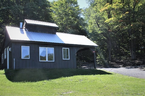Genuine Vermont Sugar House on 70 peaceful acres