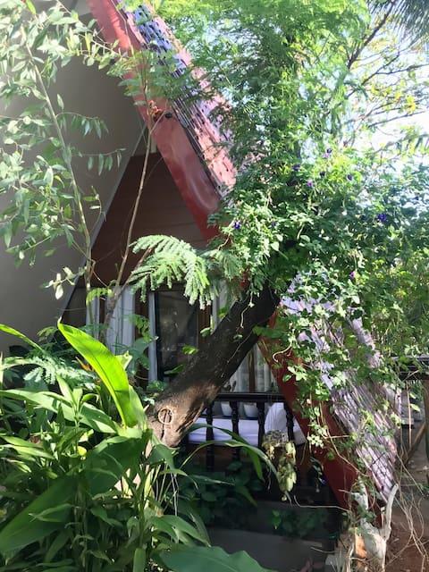 라스 카사스 근처의 바타안 바가크의 아늑한 초소형 주택
