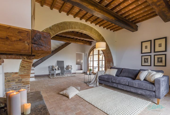 Villa Lombarda - 10 Pax POOL-GARDEN- WIFI