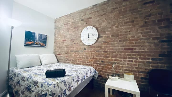 Time's Square - Cozy Room in Manhattan