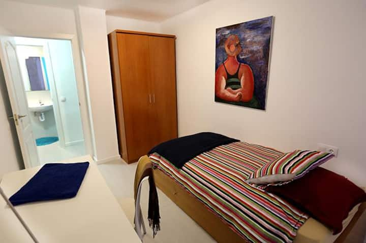 Near historic center.PRIVATE BATHROOM and BALCONY