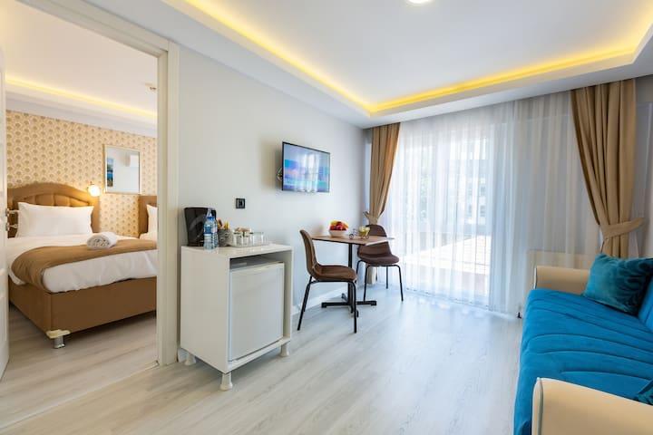 Cozy Suite In Historic Area