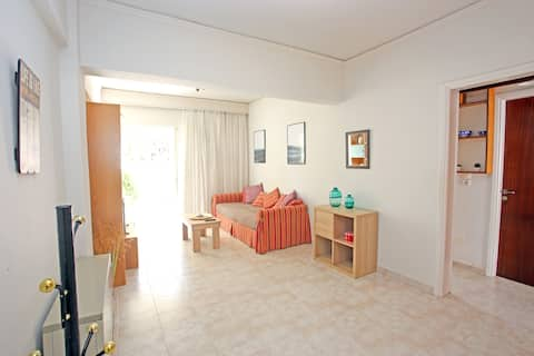 Apartment near the beach and the Athens Airport
