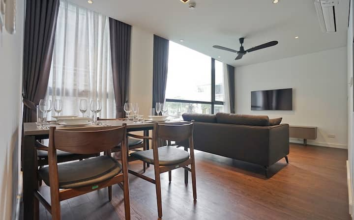 Modern style/High-end quality 1 bedroom in Ba Dinh