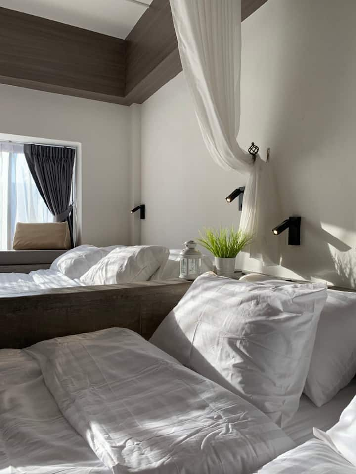 Comfy with with large space in a heart of Bangkok