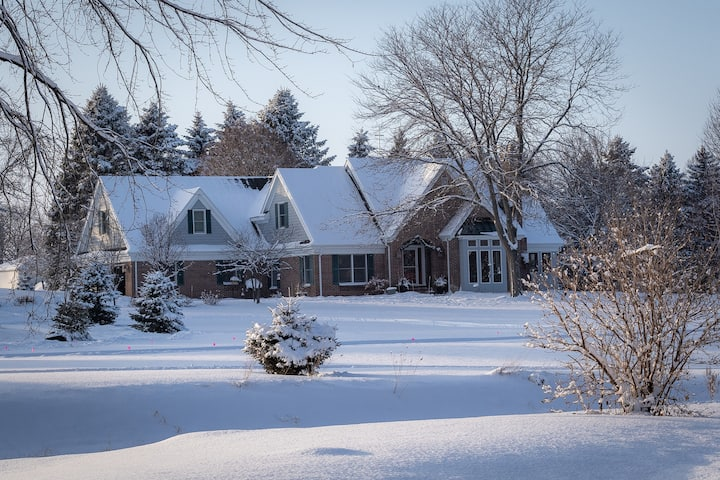 Winter WONDERLAND Luxurious getaway at River Ridge