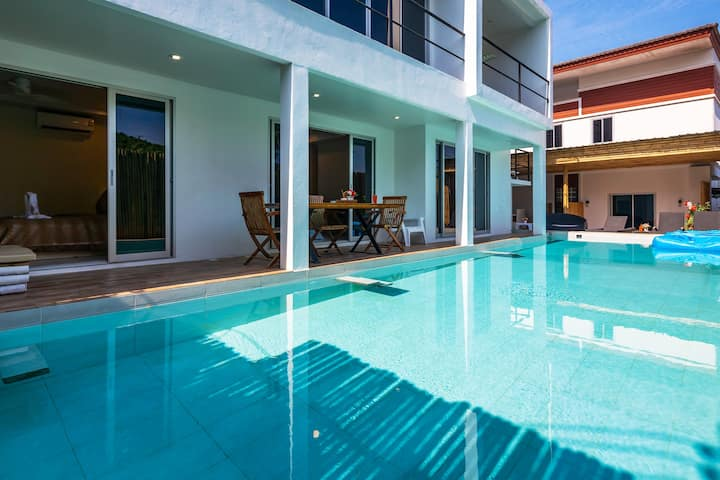 2Bedroom Private Pool Apartment on Secluded Beach