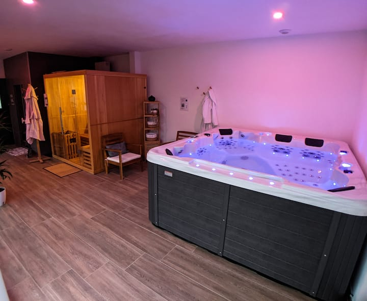 House + acces to Spa, Sauna, Hammam, fitness room