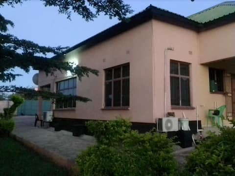 Chirundu Country Home