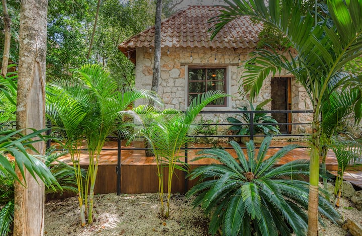 Nature Villa in the Mayan Jungle of Tulum