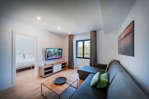 """R32 Apartamentos """"Basic"""" 2 dormitorios en Figueres"""