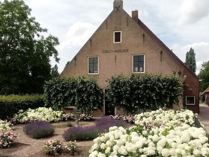 Monumentale boerderij in Ridderkerk + pottenbakken