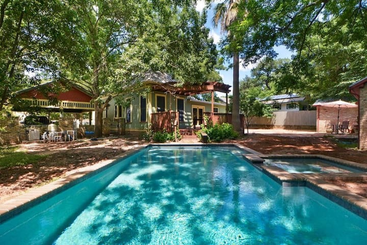 7BR Historic House w/ Pool & HotTub on S Congress!