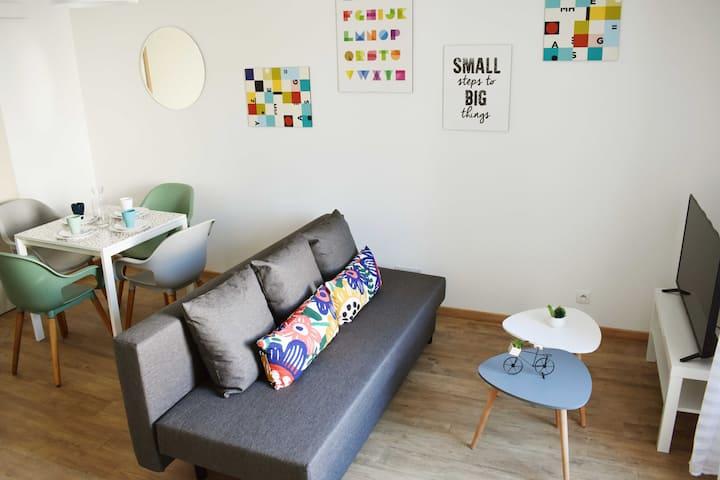 002-4 pers.Bel appartement F1 proche Montbéliard