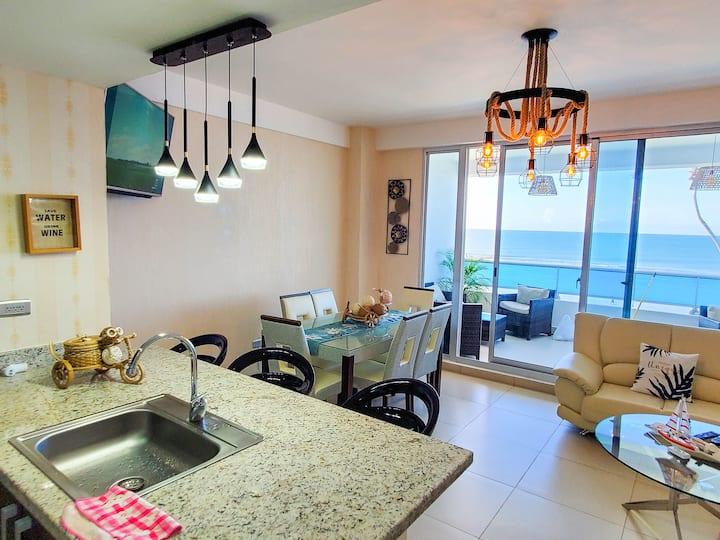 apartamento lujoso frente a la playa
