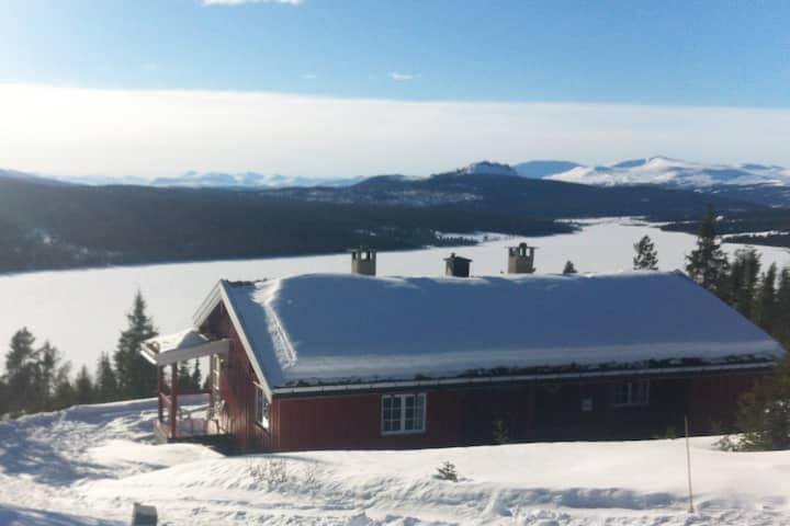 Vakre Gålå, hytte med wifi og utsikt.