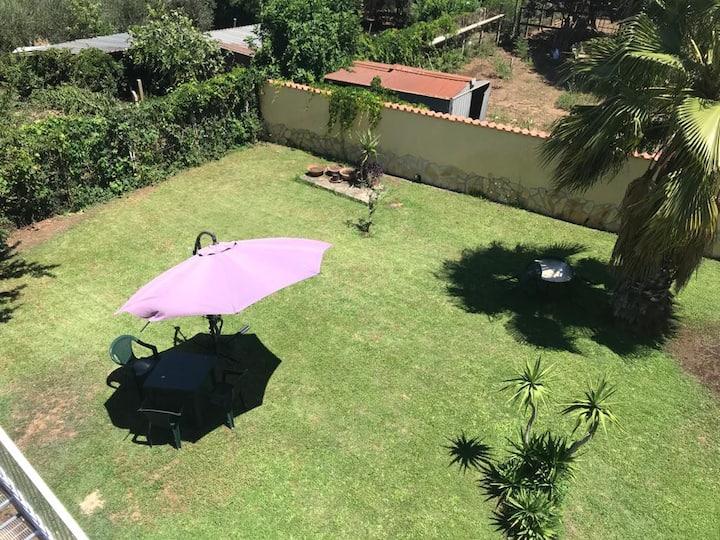 Appartamento indipendente con ampio giardino