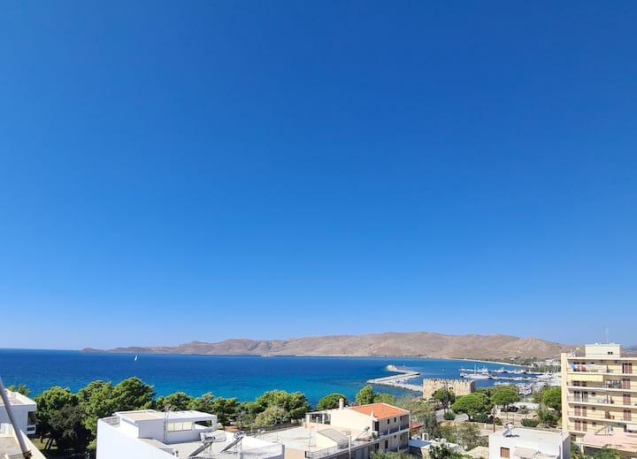 Karystos - Appartement vue superbe sur le port.