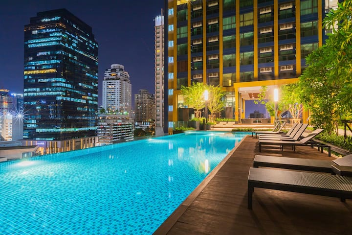 30days! Sukhumvit NANA spacious 2BR 4PPL near BTS